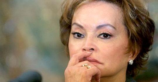 Elba Esther, efímero retorno al PRI