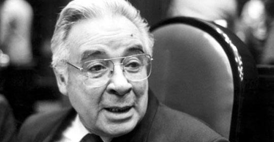 Hasta la vista, Doctor Roberto Robles Garnica